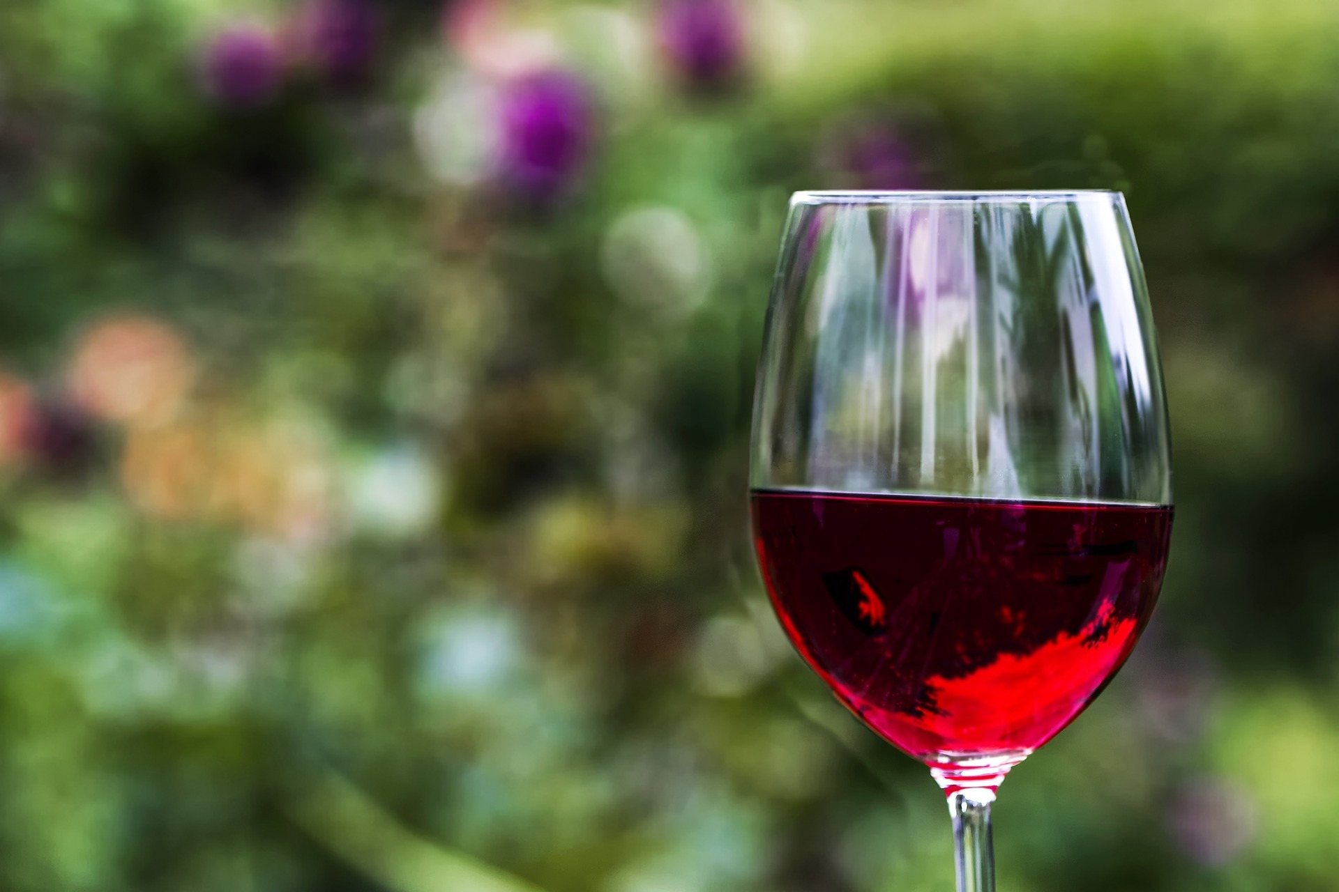 red-wine-2409301_1920